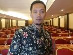 ketua-panwas-kabupaten-cilacap-warsid_20161116_194322.jpg