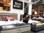 king-koil-serta-dan-florence-gelar-pameran-di-paragon-mall_20180420_235935.jpg