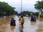 kondisi-banjir-di-jalan-raya-mangkang-semarang-sabtu-622021.jpg