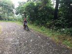 kondisi-jalan-menuju-desa-kutorojo-kecamatan-kajen-kabupaten-pekalongan.jpg