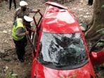 kondisi-kendaraan-yang-ditumpangi-korban-saat-kecelakaan.jpg