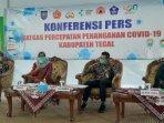 konferensi-pers-bupati-tegal.jpg