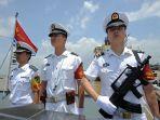 kru-berjaga-di-atas-kapal-milik-angkatan-laut-china_20180715_180843.jpg