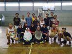 latihan-basket-gor-wisanggeni-kota-tegal_20180101_191557.jpg