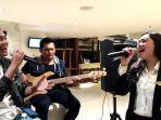 live-musik-di-hotel-santika-pekalongan.jpg