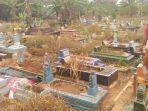 lokasi-tempat-jenazah-aprianita-50-yang-tewas-dicor-di-tempat-pemakaman-umum-tpu.jpg