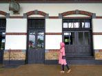 lorong-museum-kereta-api-masih-mempertahankan-bentuk-asli-saat-berfungsi-sebagai-stasiun_20161209_102401.jpg