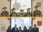 lulus-di-masa-pandemi-dua-mahasiswa-doktor-manajemen-ikuti-yudisium-virtual.jpg