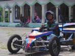 mahasiswa-tegal-ini-ciptakan-mobil-balap-bertenaga-listrik_20151204_141826.jpg