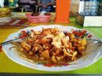 makanan-khas-kota-tegal-lengko-pembuatan-bumbu-kacangnya-berbeda-dari-tahu-campur_20171130_103928.jpg