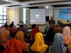 maman-s-mahayana-sebut-perlu-paradigma-baru-pembelajaran-sastra-indonesia_20160928_151552.jpg