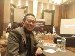 manajer-pscs-bambang-tujiatno-saat-mengikuti-extraordinary-club-meeting-di-yogyakarta-kemarin.jpg