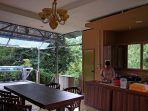 masak-di-dapur-terbuka-sambil-nikmati-pemandangan_20170730_105838.jpg