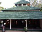 masjid-as-sholeh-darat-di-dadapsari-kota-semarang_20170531_144336.jpg