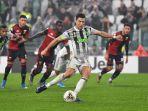 megabintang-juventus-cristiano-ronaldo-mencetak-gol-dalam-laga-liga-italia.jpg