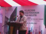 menteri-perindustrian-airlangga-hartarto_20170421_125134.jpg