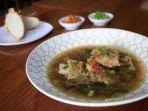 menu-sup-konro-disajikan-di-daeng-baba-resto_20180320_100658.jpg