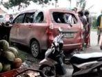 mobil-avanza-merah-marun-milik-rosid-bersama-istri-orang-selingkuhannya.jpg