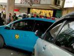 mobil-avanza-warna-silver-terlibat-kecelakaan-di-jalankh-ahmad-dahlan.jpg