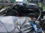 mobil-honda-civic-kecelakaan-maut-di-km-722-gerbang-tol-gempol-1-pasuruan.jpg