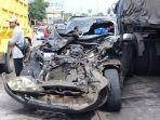 mobil-yang-terlibat-kecelakaan-karambol-di-jalan-raya-tugu-km-09-tugurejo-semarang-barat.jpg