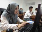 nadya-azaria-peserta-dari-sma-nasima-kelas-jurnalistik-tribun-jateng-goes-to-school_20180327_121416.jpg