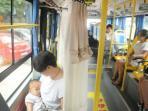 naik-bus-ini-sang-ibu-bisa-leluasa-dan-aman-menyusui-bayinya_20160407_140707.jpg<pf>menyusui-aman-di-bus_20160407_135927.jpg