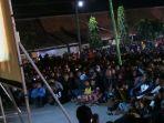 onton-bareng-film-g30spki-di-taman-rakyat-slawi-kabupaten-tegal_20170923_223520.jpg