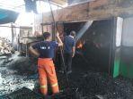 pabrik-briket-limbangan-kendal-terbakar_20180909_201030.jpg