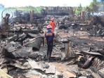 pabrik-kayu-di-pucanggading-terbakar_20160822_192149.jpg
