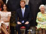pangeran-harry-dan-ratu-inggris-elizabeth-ii.jpg