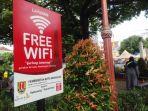 papan-free-wifi-di-taman-sri-gunting-rabu-17012018_20180117_131308.jpg