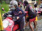 para-anak-tawarkan-jasa-hidupkan-motorat-522021.jpg