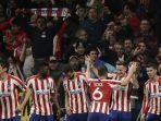 para-pemain-atletico-madrid-merayakan-gol-yang-dicetak-saul-niguez.jpg