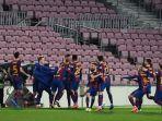 para-pemain-barcelona-merayakan-gol-kedua-yang-dicetak-oleh-bek-gerard-pique.jpg