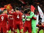 para-pemain-liverpool-merayakan-kemenangan-telak-4-0-atas-southampton-di-stadion-anfield.jpg