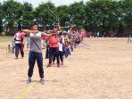 para-peserta-kendal-open-archery-tournament-membidik-target-memanah_20181014_150307.jpg