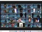 para-peserta-mengikuti-kegiatan-lkmmtd-secara-virtual-melalui-aplikasi-zoom-meeting.jpg