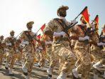 parade-garda-revolusi-iran.jpg