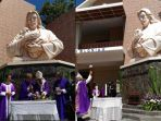 patung-yesus-setengah-badan-tertinggi-di-indonesia-ok_20180318_143314.jpg