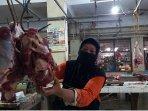 pedagang-daging-sapi-di-tegal1.jpg