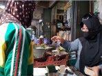 pedagang-tempe-di-pasar-legi-tegal.jpg