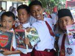 pelajar-sekolahdasar-saat-mengunjungipameran-dan-bazar-buku-pada-ajang-mr-besar-tegalvaganza_20180912_141719.jpg