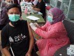 pelaksanaan-vaksinasi-covid-19-untuk-penyandang-disabilitas-di-plaza-pragolo-pati.jpg