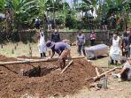pemakaman-pdp-corona-di-dliwang-kabupaten-semarang-selasa-1442020.jpg