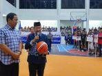 pembukaan-turnamen-bola-basket-piala-rektor-usm-senin-2910-di-lapangan-basket-usm_20181030_135152.jpg