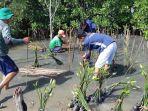 penanaman-mangrove-oleh-warga-rw-16-tambakrejo-kelurahan-tanjungmas.jpg
