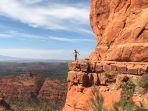 pendaki-tewas-di-sedona-arizona-satu-hari-setelah-mengunggah-foto-dari-tepi-tebing.jpg