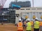 pengerjaan-tahap-pengangkatan-generator-pada-boiler-unit-satu-pembangunan-pltu-batang_20181030_163644.jpg