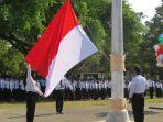 pengibaran-bendera-merah-putih-di-apmd-stpmd_20170425_184148.jpg